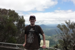 Me_-_Southern_side_top_of_Mount_Warning